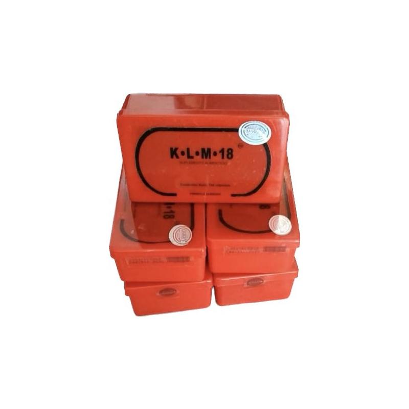 K.L.M. 18